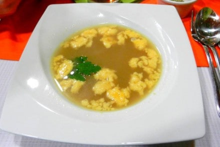 zupa stracciatella