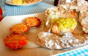losos-i-babeczki-z-pomidorami-francja-elegancja-poznan