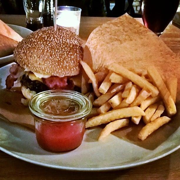 Butchers style burger urzdnikw wietne miejsce duo misa dobre cenyhellip