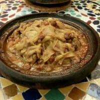 TAZIN-KURCZAK-CEBULA-RODZYNKI-MAROKO-SLOW-FOOD-POZNAN