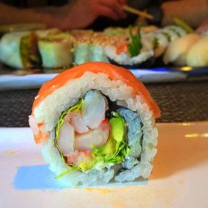 sushi_maki_rainbow_kyokai_najlepsze_w_poznaniu